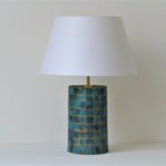 designová tyrkysová stolní lampa