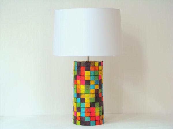 barevná stolní lampa designova mozaika neon